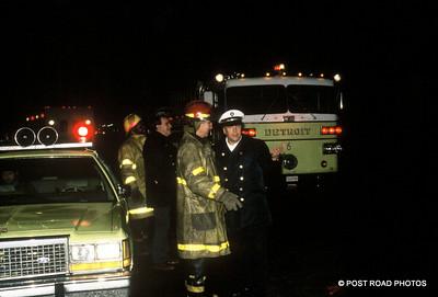 detroit-fire-department-old-slides-devil's-night-post-road-photos-010