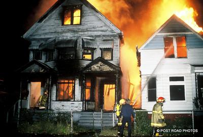 detroit-fire-department-old-slides-devil's-night-post-road-photos-016