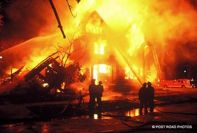 detroit-fire-department-old-slides-devil's-night-post-road-photos-014