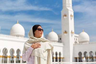 Beauty and the Mosque - Abu Dhabi, UAE