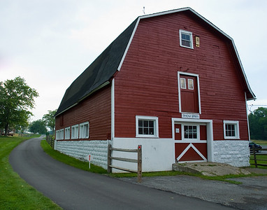 Knox Farm Barn