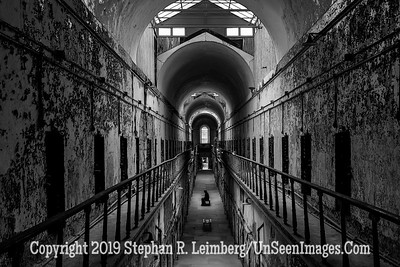 Cell Block 8 The Thinker Eastern State Penitentiary Oct 2013 B& W 20131016_3687