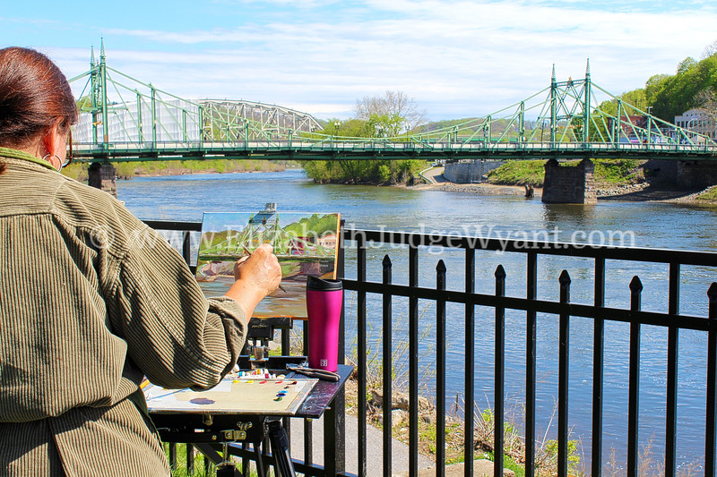 Painter at work<br /> Easton, PA Free Bridge<br /> 5/6/2014