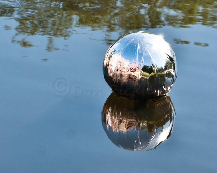 Saori sashed Bridge reflected in ball