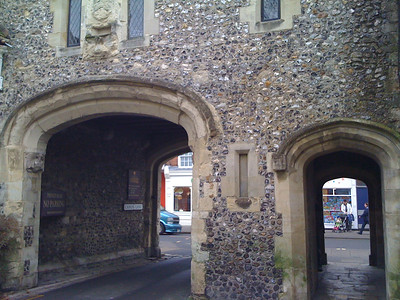 Medieval Arch in Cannon Lane