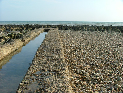 Another view of canal made by groyne walls