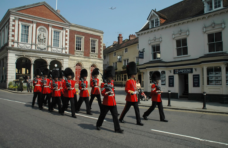 Royal Guards returning to barracks - Windsor, England