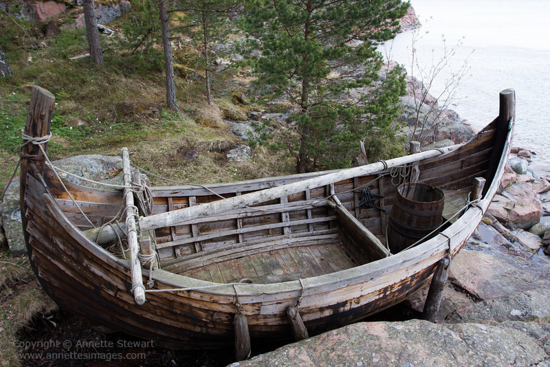 replica boat of type used by sea-farers attending chapel, Aland