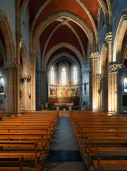 Basilique Notre Dame interior