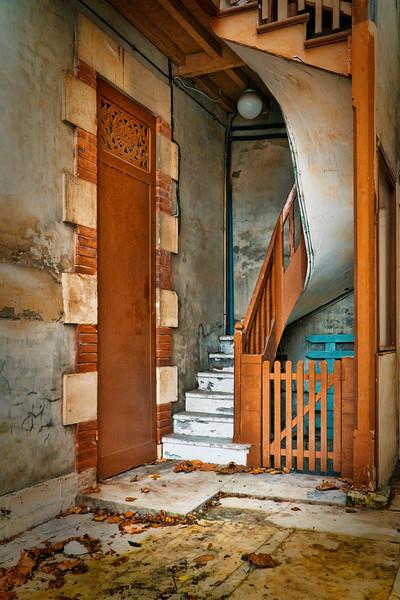 humble entryway