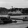 bustling on the Garonne