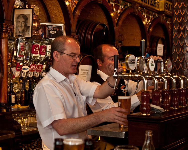 Inside The Crown Pub<br /> Belfast, Northern Ireland<br /> Saturday, 5 June 2010<br /> Photo © Sean Murphy  2010