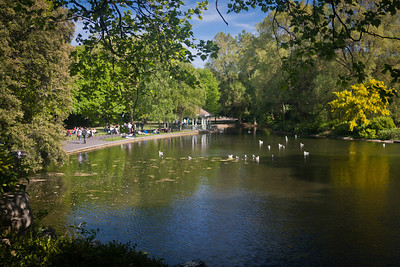 Lovely spring day in St. Stephen's Green, Dublin.
