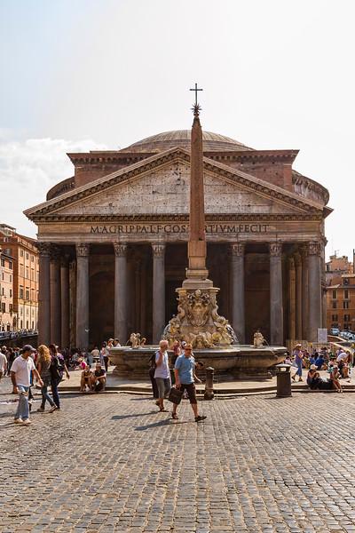 Pantheon; Piazza della Rotunda