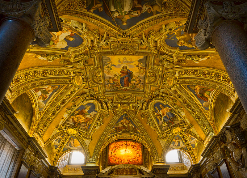 Ceiling of a side chapel in Santa Maria Maggiore