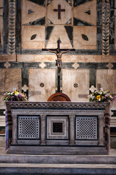 Baptistery of St. John, Florence, main altar close-up