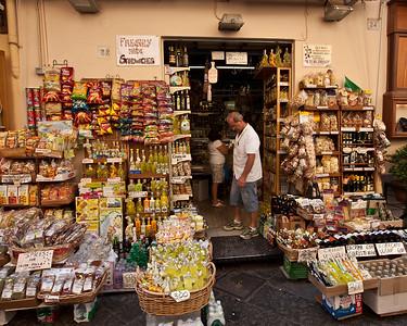 Grocery Store, Sorrento, Campania