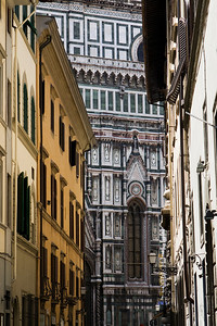 Glimpses of Duomo, Via Ricasoli, Firenze