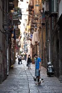 Man's Best Friend, Napoli