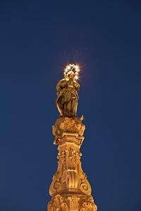 Obelisco dell'Immacolata, Piazza Guso Nuovo, Napoli