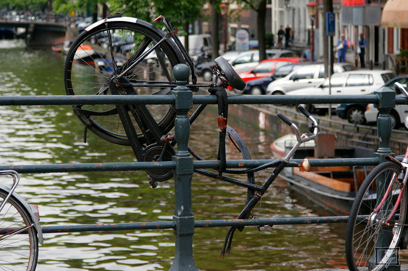 They estimate about 700,000 bicycles are in Amsterdam. I think about 14 of them are in good repair.