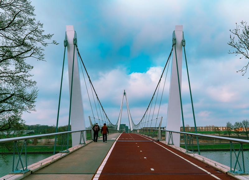 Dafne Schippers Bridge