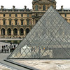 Entrance to the Musée du Louvre.