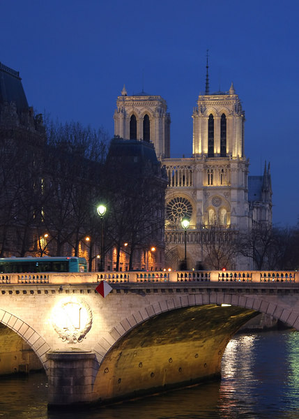 Notre-Dame just after sundown.