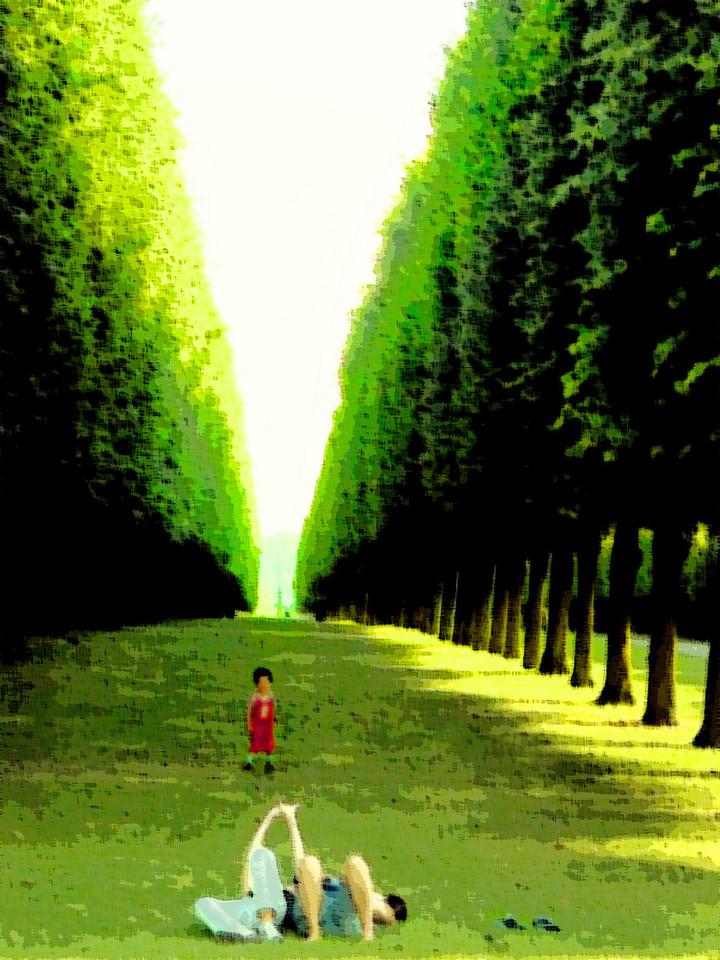 In the gardens of Versailles (24 Jun 05).
