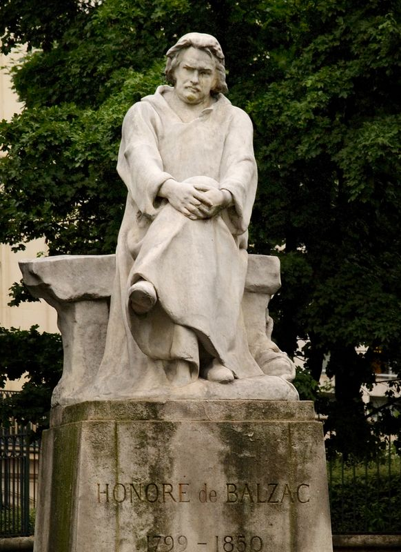 Statue of Balzac on the Avenue de Friedland, one of 12 Streets that radiates from the circular Place Charles de Gaulle square and the Arc de Triumphe. The streets are named after French military leaders (23 Jun 05).