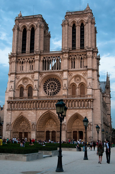 Cathedral of Norte Dame in Paris in the early evening of summer