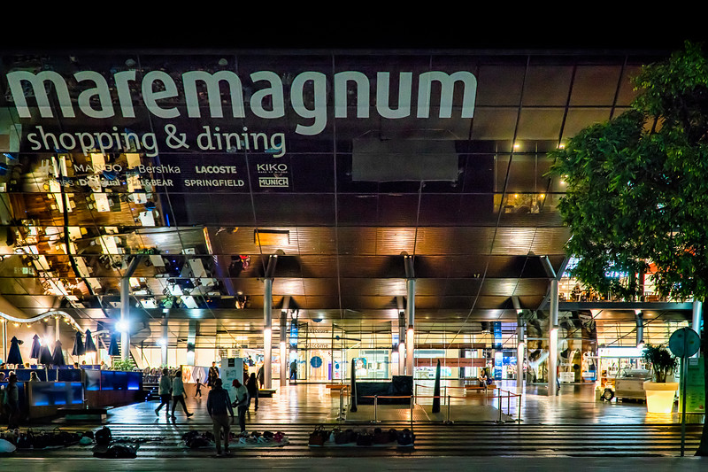 Maremagnum shopping