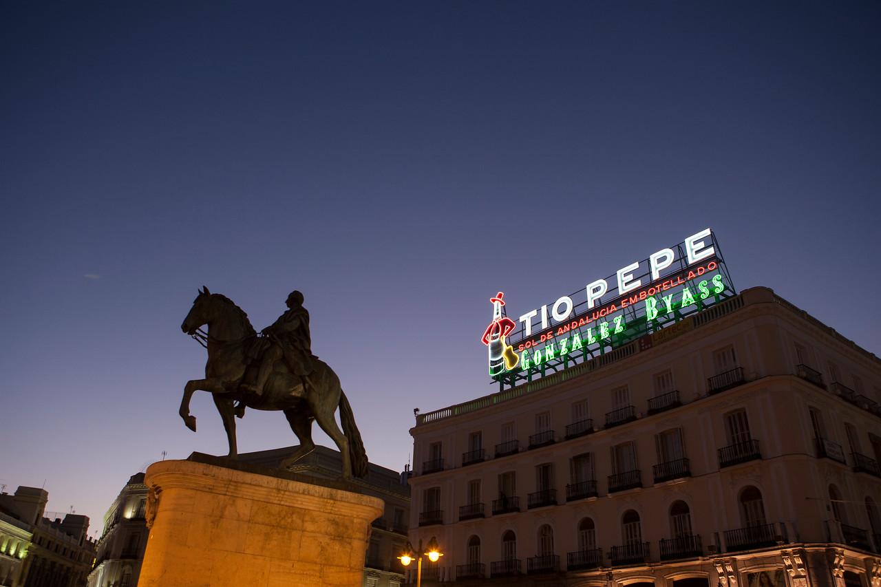 IMAGE: https://photos.smugmug.com/Places/Europe/Spain/Madrid/i-X52zNZ7/0/X2/IMG_9748A-X2.jpg