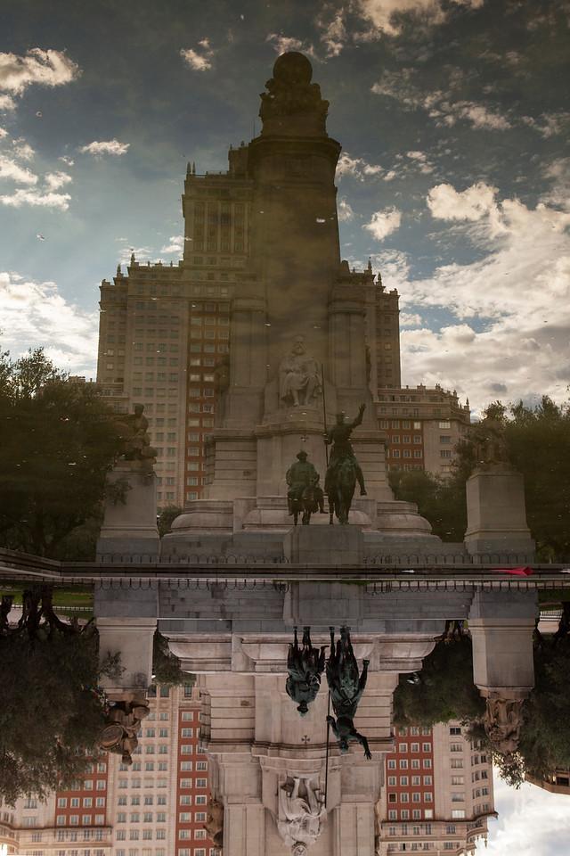 IMAGE: https://photos.smugmug.com/Places/Europe/Spain/Madrid/i-chFvjK2/0/X2/IMG_8958A-X2.jpg