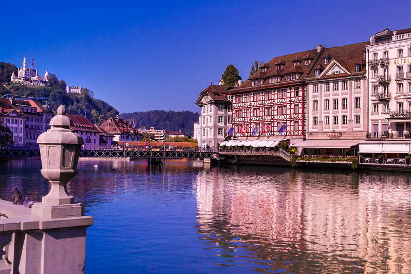 reflections over the Reuss