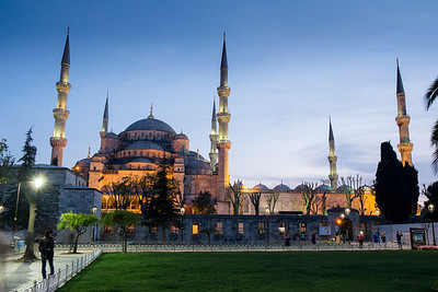 Everywhere I go, I get obsessive about photographing one thing...in Istanbul it was the Blue Mosque.