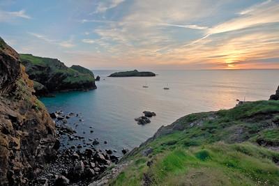 09CW035e Atlantic Beach Cornwall England Rock Sea Dawn