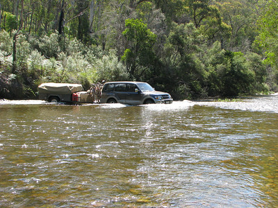 Murray River Crossing near Tom Groggin