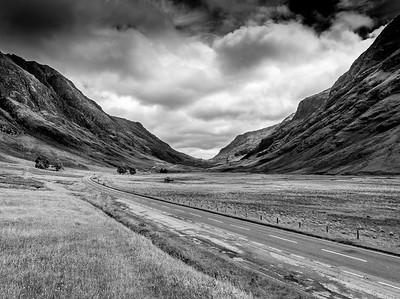 Through Glencoe (C) Bill Hiskett