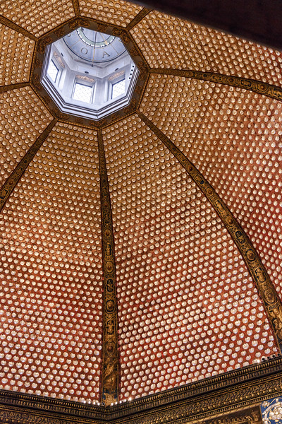 011517_Inlaid shell ceiling of the Tribune