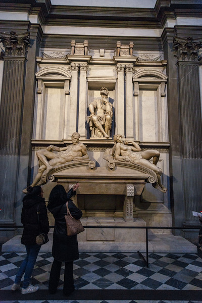 011417_The Tomb of Lorenzo II