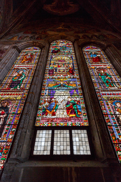 011617_Stained glass in the choir chapel