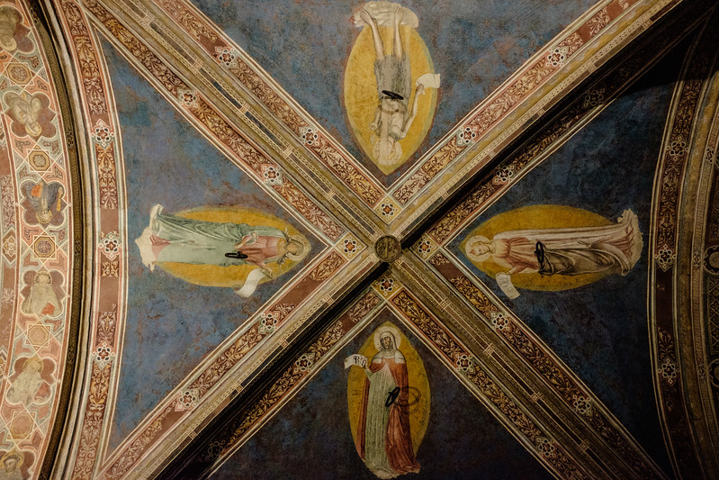 011817_A panel of the Orsanmichele ceiling