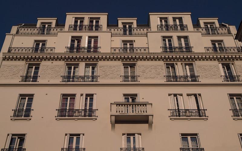 Paris - 15 Nov 2011