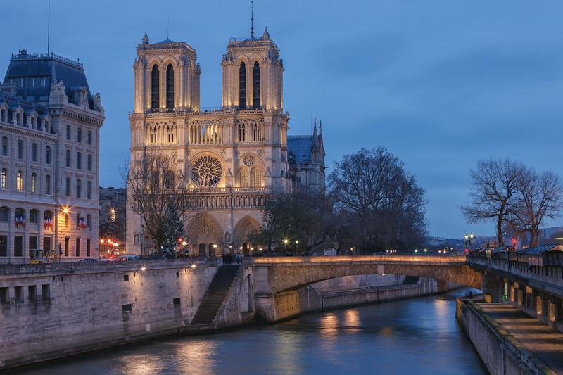 Notre Dame in blue