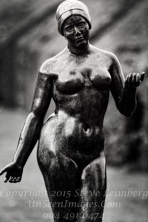 Woman - Copyright 2016 Steve Leimberg - UnSeenImages Com File0440