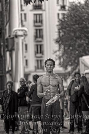 Street Performer - Paris - Copyright 2016 Steve Leimberg - UnSeenImages Com _H1R8787