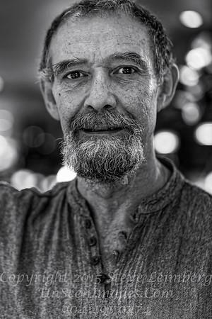 Waiter in Paris - Copyright 2016 Steve Leimberg - UnSeenImages Com _H1R8865