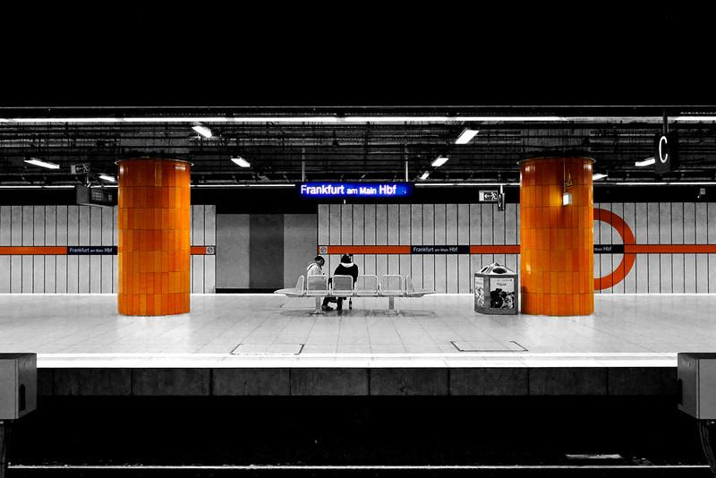 Frankfurt am Main Hbf (main train station in Frankfurt)