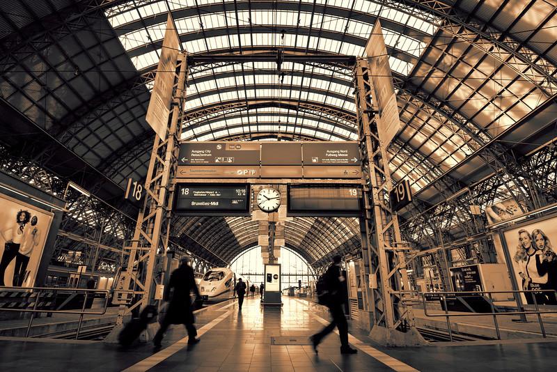 Frankfurt am Main Hbf<br /> <br /> Upper level at the main train station in Frankfurt ...<br /> <br /> Processed with CS4 & Topaz BW